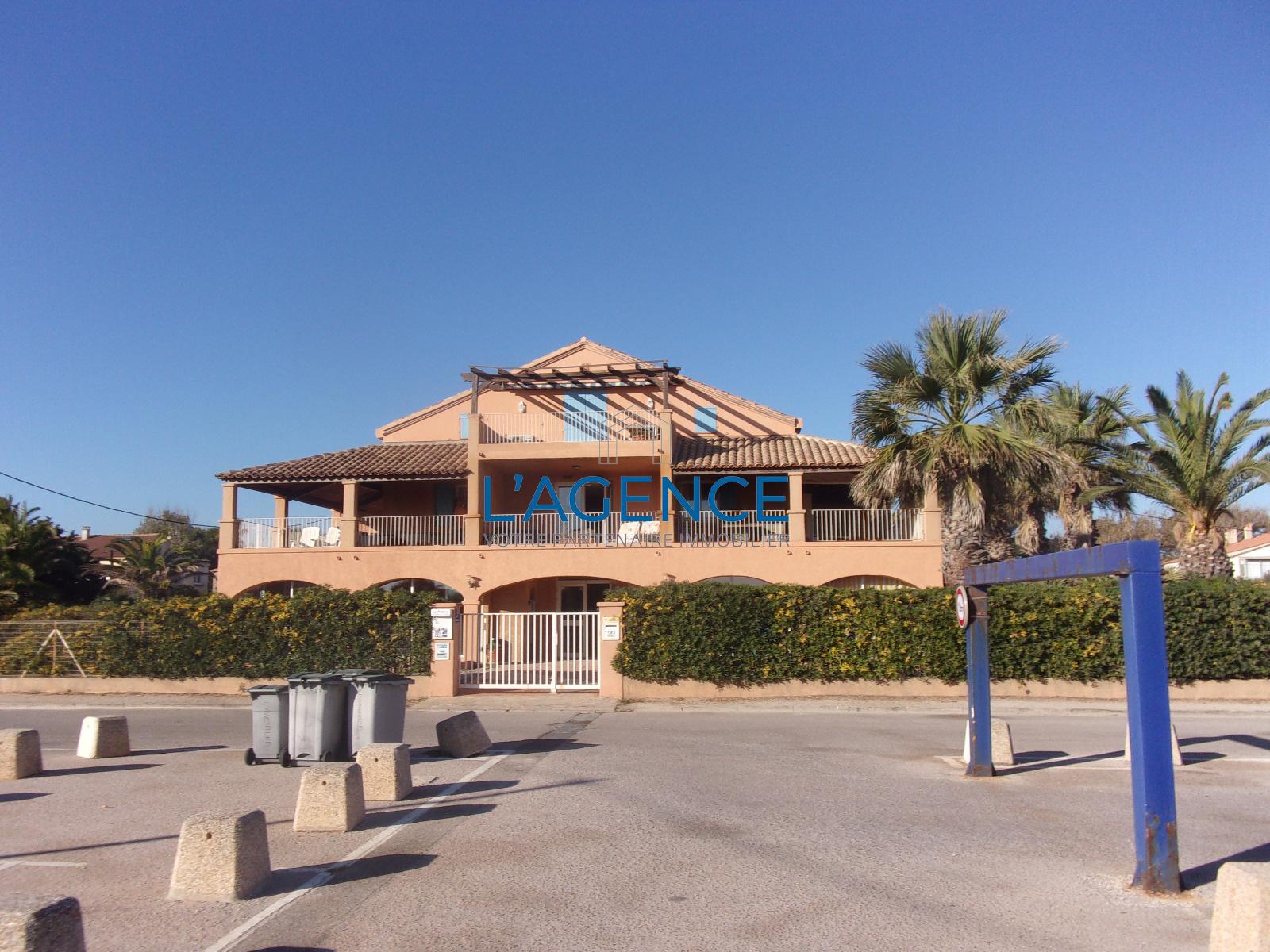 Salle De Bain Hyeres ~ vente hy res plage studio de 33m habitable avec verandas acc s aux
