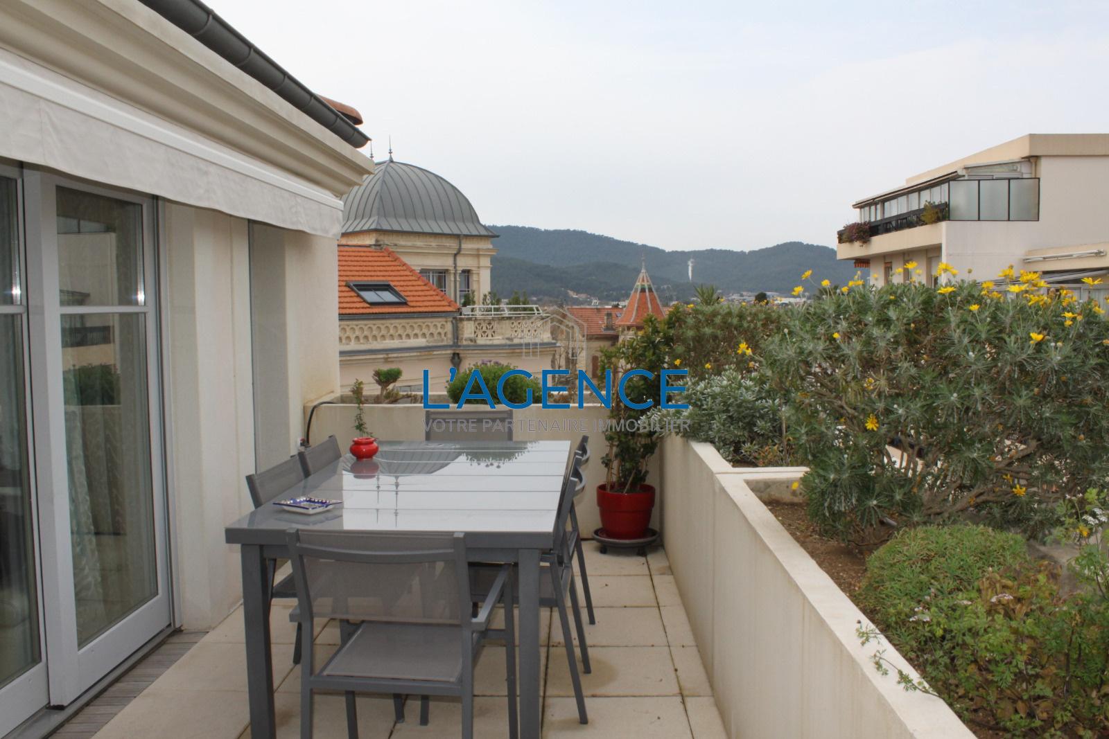 Salle De Bain Hyeres ~ vente appartement t3 de 79 m avec grande terrasse plein centre